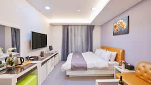 Premium bedding, laptop workspace, free WiFi, wheelchair access