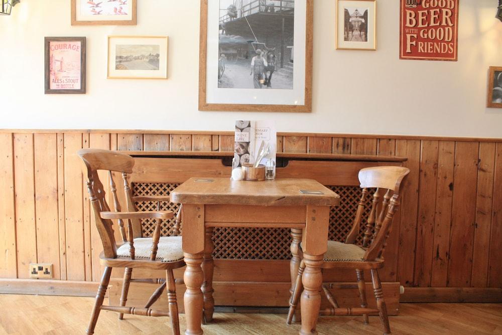 The Bridgemary Manor Hotel Reviews Photos Rates Ebookers Com