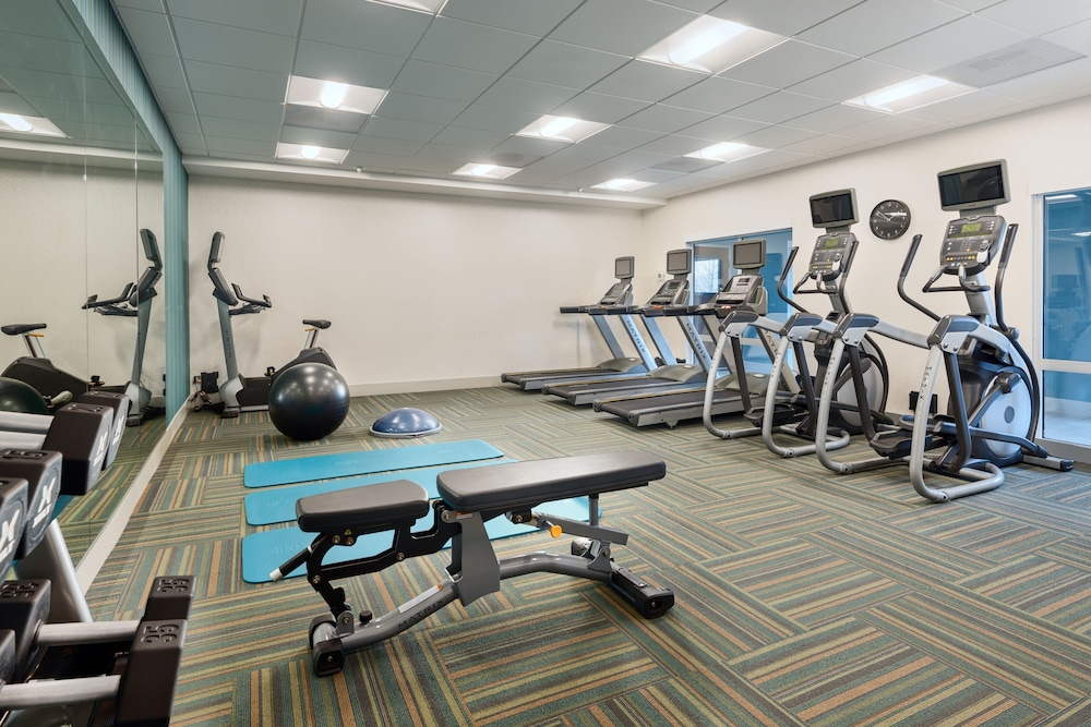 Fitness Facility, Holiday Inn Express & Suites Salem North - Keizer, an IHG Hotel