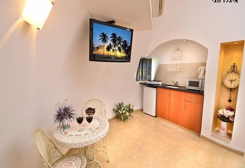 Private Kitchen, Dor Holiday Village