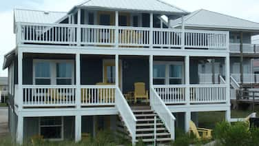 Ocean Front! W/private Boardwalk Beach Access! Best Overall Value on the Island!
