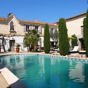 House With 2 Bedrooms in Saint-gilles, With Pool Access, Enclosed Garden and Wifi - 20 km From the Beach