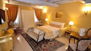 Minibar, Zimmersafe, Schreibtisch, schallisolierte Zimmer