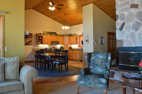 Beautiful Gull Lake Home