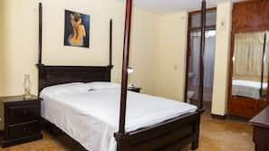 6 makuuhuonetta, ylelliset vuodevaatteet, yksilöllisesti kalustettu