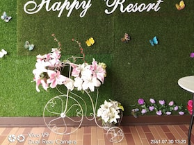 Happy Resort
