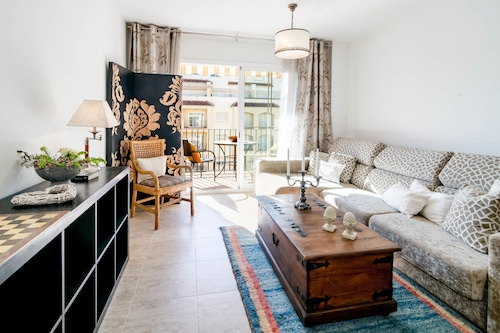 PC - Cozy Family Apartment in Estepona