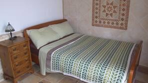 Cots/infant beds