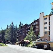 Aspen Lane Chalet 3 Bedrooms 1.5 Bathroom Condo