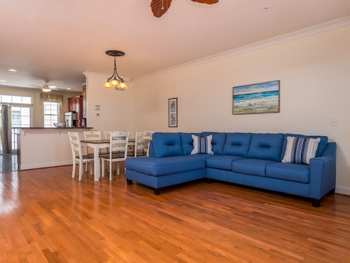 Great Place to stay Alexander Townhouse 203c 3 Bedrooms 3 Bathrooms Townhouse near Ocean City