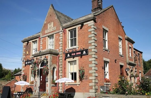 Dewlay Cheese Factory Accommodation: AU$84 Hotels Near