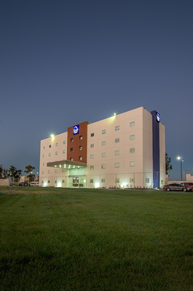 Exterior, Sleep Inn Mexicali