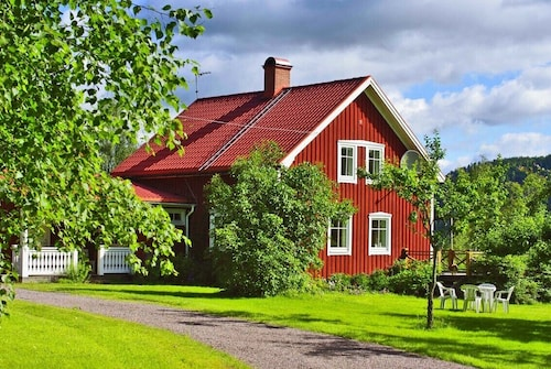 Idyllic Swedish House With Stunning sea View and 400 Meters of own Shoreline