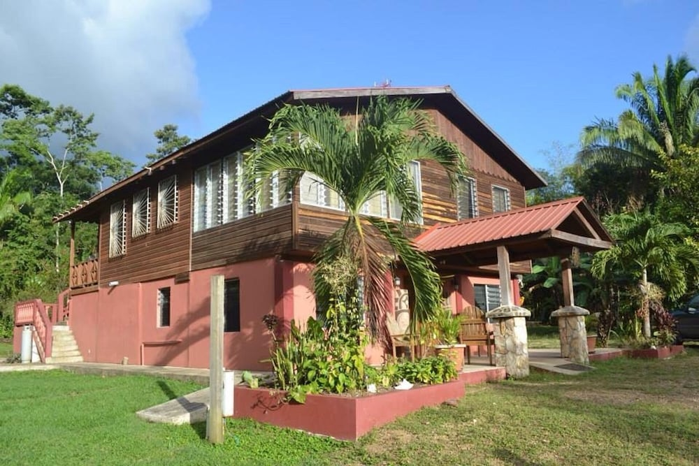 Featured Image, Lush Jungle-family Friendly, Near ATM Caves & Mayan Ruins & Belmopan City