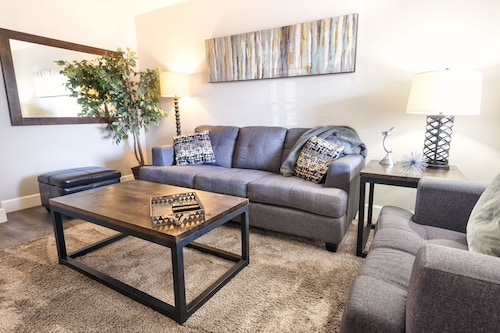 Great Place to stay Charming 2BR Easy Trasportation Options near Tempe