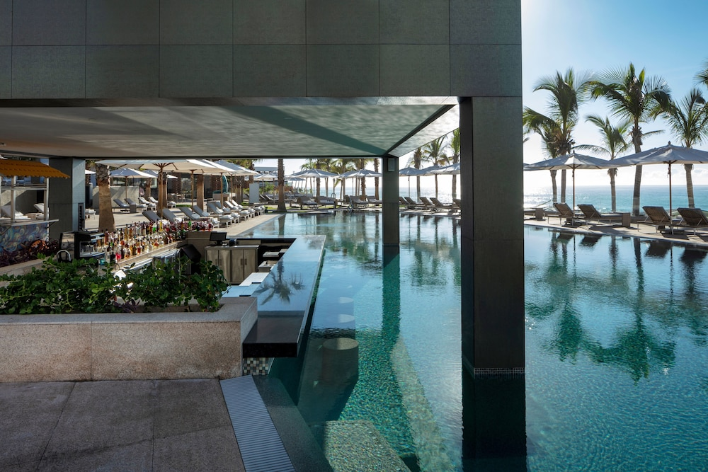 Poolside Bar, Garza Blanca Resort & Spa Los Cabos