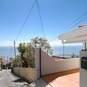 Home Araújo - Fantastic View of the Village and the Beach of Ponta do Sol