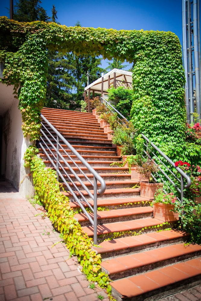 Hotel Ulisse In Carpegna Hotel Rates Reviews On Orbitz
