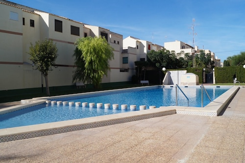 House With 3 Bedrooms in Guardamar del Segura, With Pool Access, Furnished Terrace and Wifi
