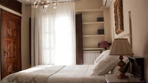 Minibar, tabla de planchar con plancha, camas supletorias y wifi gratis