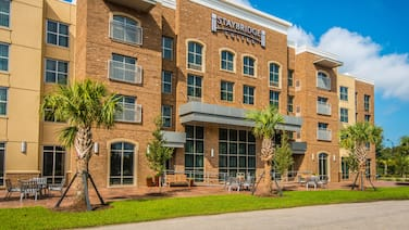 Staybridge Suites Charleston - Mount Pleasant