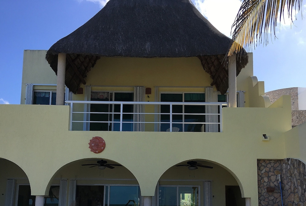 Exterior, Luxury Beachfront 3 Bedroom House With Casita