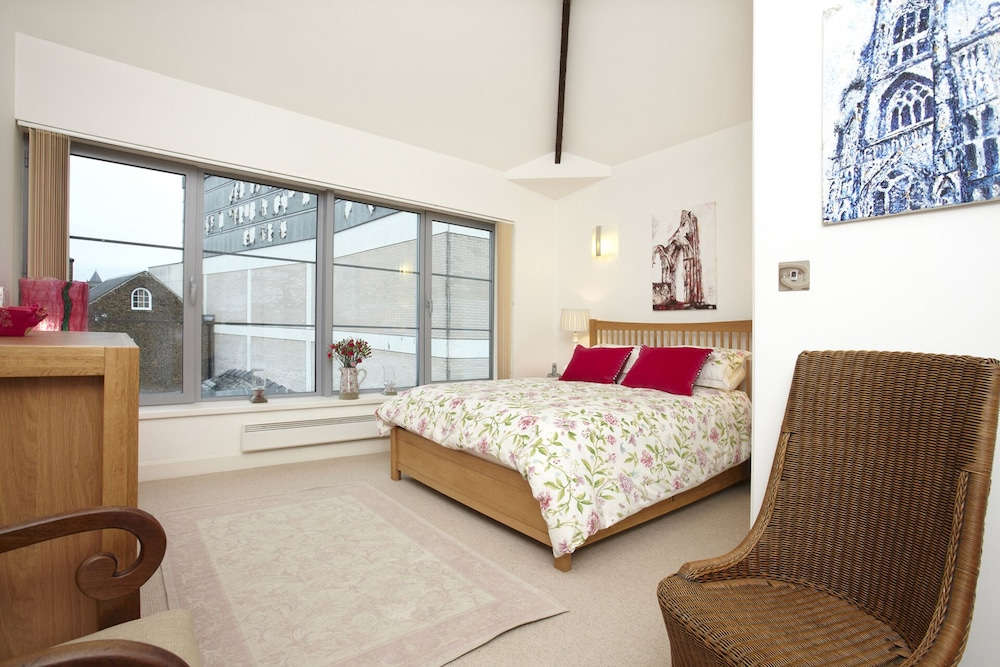 Fabulous York Apartment Very Central Sleeping 4 5 People 2 Bedrooms Baths In Hotel Rates Reviews On Orbitz