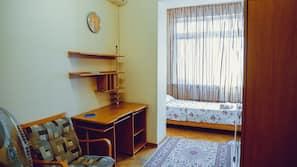 1 bedroom, desk, laptop workspace, blackout drapes
