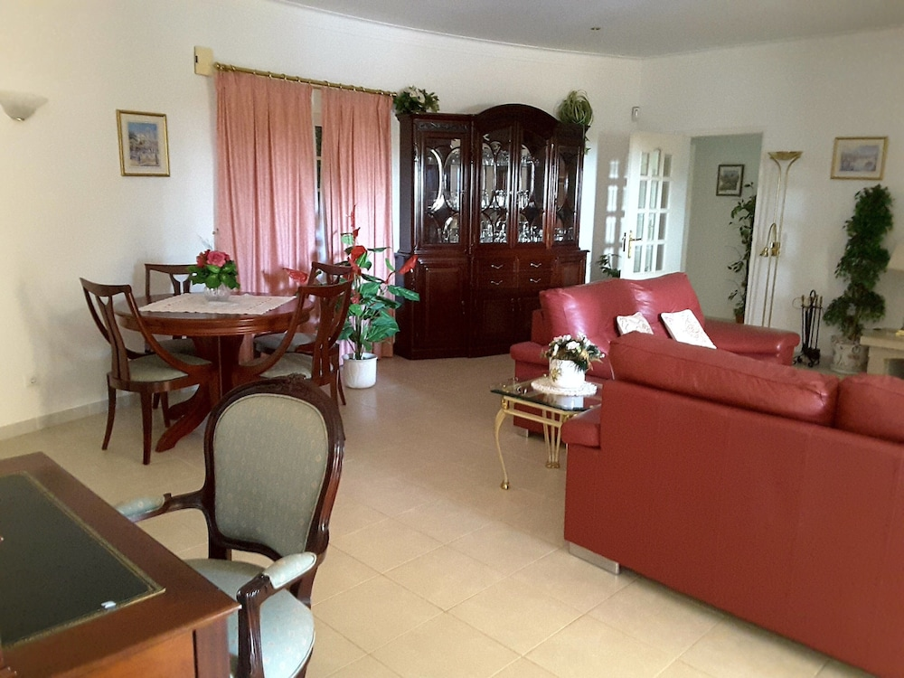 Pool 10x5 M , 2 Schlafzimmer (Portimao)   2018 Hotel Prices | Expedia
