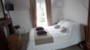 2 chambres, fer et planche à repasser, lits bébé, draps fournis