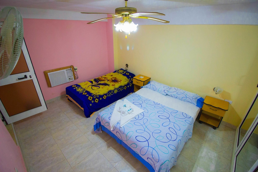 Hostal gonzalez old havana 2018 room prices from 33 deals featured image aloadofball Images