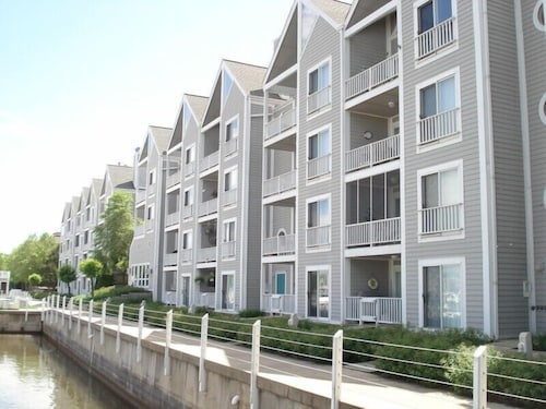 Exterior, Perfectly Located New Buffalo Condo With Association Pool!
