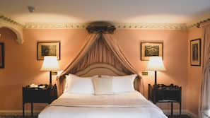 Sengetøy i egyptisk bomull, sengetøy av topp kvalitet og skrivebord