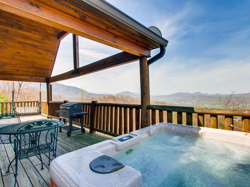 Admirable Cherokee Sunset 1 Bedroom 1 Bathroom Cabin Sevierville Usa Download Free Architecture Designs Scobabritishbridgeorg