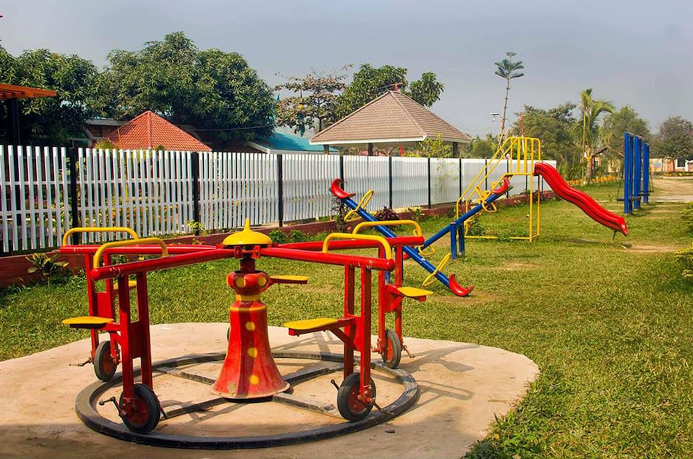 Children's Play Area - Outdoor, Shaira Garden Resorts