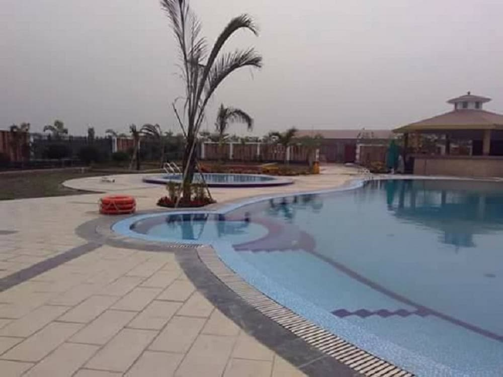 Outdoor Pool, Shaira Garden Resorts