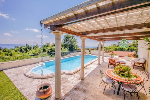 House With Private Pool & Panoramic View on the Bolsena Lake, 500m From Village