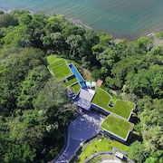 Aisolated Luxury Residence -safe Area at Peninsula Papagayo