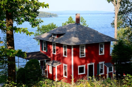 Historic Waterfront Winnipesaukee Cottage W Best Views Of The Lake