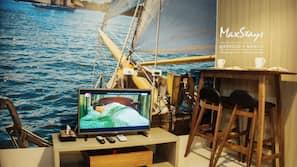 办公桌、遮光窗帘、熨斗/熨衣板、免费 WiFi
