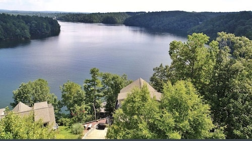 Great Place to stay Lake House With Spectacular Views, Hot Tub, Canoe, Pool Table near Wedowee