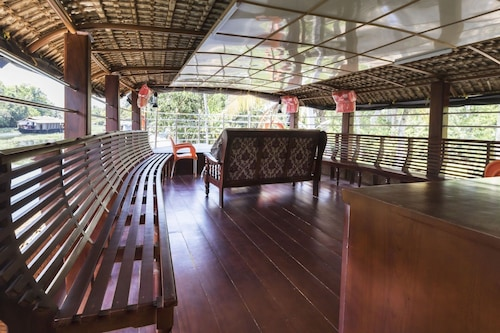 GuestHouser 3 BHK Houseboat 1b08