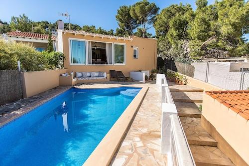 Hotels Near The Egg In Ibiza