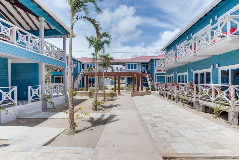 Front of Property, Brisa Oceano Resort