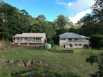 Maleny Coastal Views Retreat