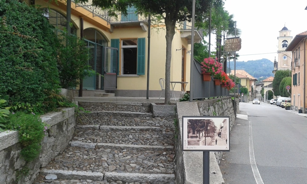 La Seca Antico Albergo Alzese Pella 2019 Room Prices