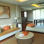 ShaSa Luxury Seaview Apartment