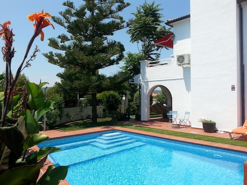 Villa Habana: Genuine Villa With a Private Pool and an Outstanding Garden