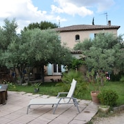 the Enclosed Olive Trees, Quiet, Sunny Villa, Pool, Boulodrom
