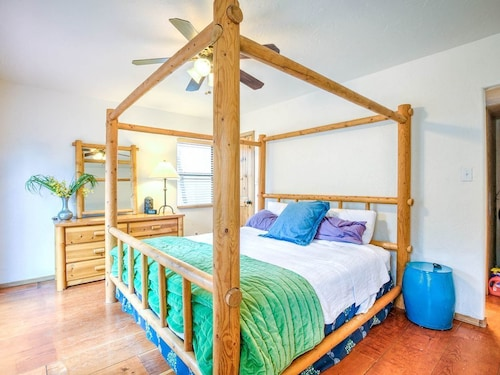 Great Place to stay A Magical Place...grab the Family and Head North to the Up, Up, Up Treehouse! near Munds Park
